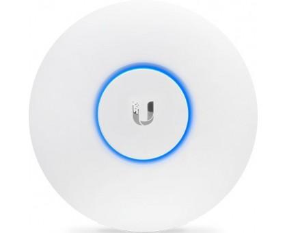 Точка доступа Ubiquiti 802.11ac 2.4+5 ГГц, до 867 Мбит/с, MIMO 2x2, 20 дБм, PoE-питание (UAP-AC-LITE-EU)